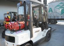H3.00XM  3000 кг.