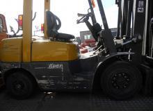 TCM-FG25N5 2500 кг.