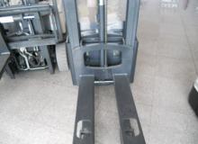 РЪЧНОВОДИМ ВИСОКО ПОВДИГАЧ CROWN WE2300-1.6t. / 1600 кг.