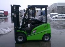 ЕЛЕКТРОКАР  OSAKA CPD25-AC4 / S№ H1AC00373 /  MAST 4500 TRIPLEX  / 2500 кг.