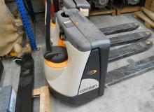 CROWN WP3015 1600 кг.