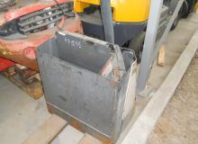 CROWN WP 2320 1600 кг.